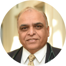 Dr  Vivekanand Kalanadhabhatta, MD   Center for Asthma